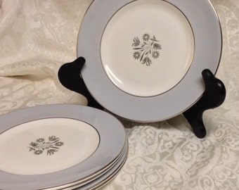 Royal Doulton Kingsmere English Bone China  Salad Plates - Set of 5 Mint Condition