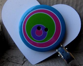 Retro Circle Button Hair Clip