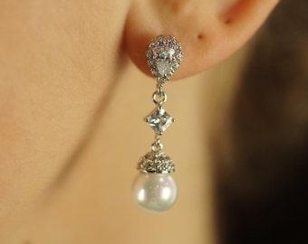 Bridal Earrings, Bridal Jewelry, Wedding Jewelry, Wedding Earrings, Freshwater Pearl Earrings, Crystal Earrings, Cubic Zirconia Earrings