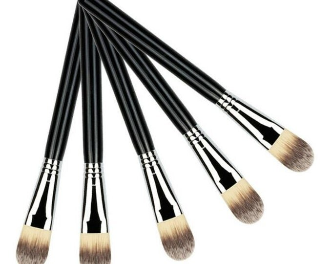 Mask Applicator Brush / Black / Vegan / Wooden / Nylon / Taklon / Fiber Brush / Foundation Brush