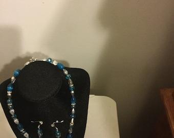 Teal necklace set