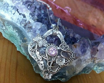 Fine silver pendant with cubic zirconia crystals