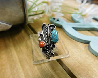 Vintage Turquoise and Coral Silver Ring
