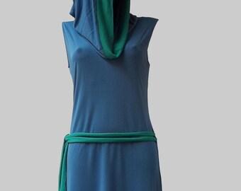 LIOSALFAR Blu Cobalto chiaro - Abito/Maglia con cappuccio e campanellino – maglina di viscosa,  fibra sintetica