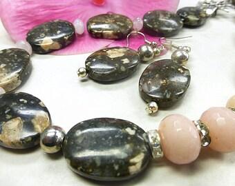 Jasper jewelry set with facettierter jade