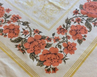 Vintage Yellow, White & Orange Floral Linen Tablecloth 1970s (A684)