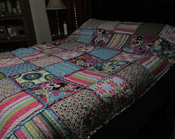 Cozy Ragtime Colorful Minky Lined Quilt