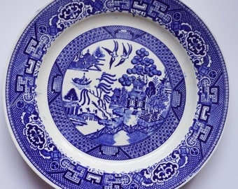 "Vintage Homer Laughlin Blue Willow Pattern L56N6 Salad/Luncheon Plate 9"" c1943"