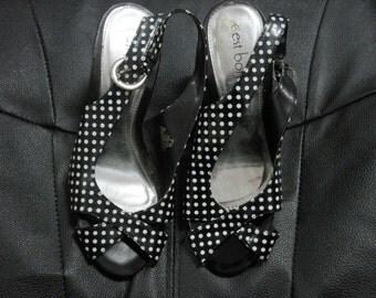 Vintage Polka dot slingback heels