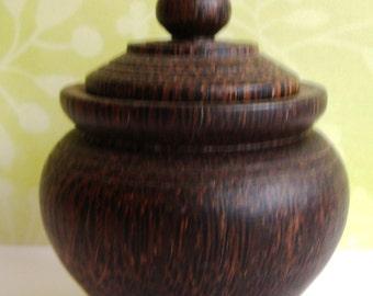 Wood Dresser Jar