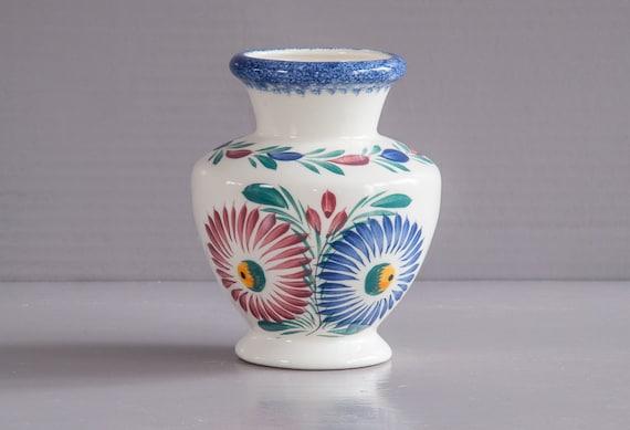small quimper vase hb quimper vase henriot by sofrenchbrocante. Black Bedroom Furniture Sets. Home Design Ideas