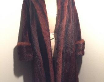1960s Beautiful custom Muskrat swing coat