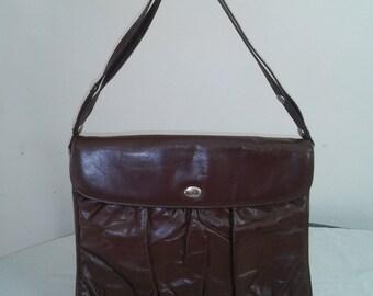 Vintage leather crossbody bag  no.80