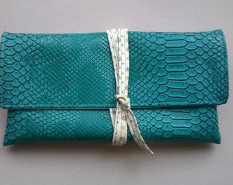 Pouch string croco small-turquoise flowers