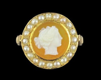 Entourage cameo ring yellow gold 18K 19th old pearls