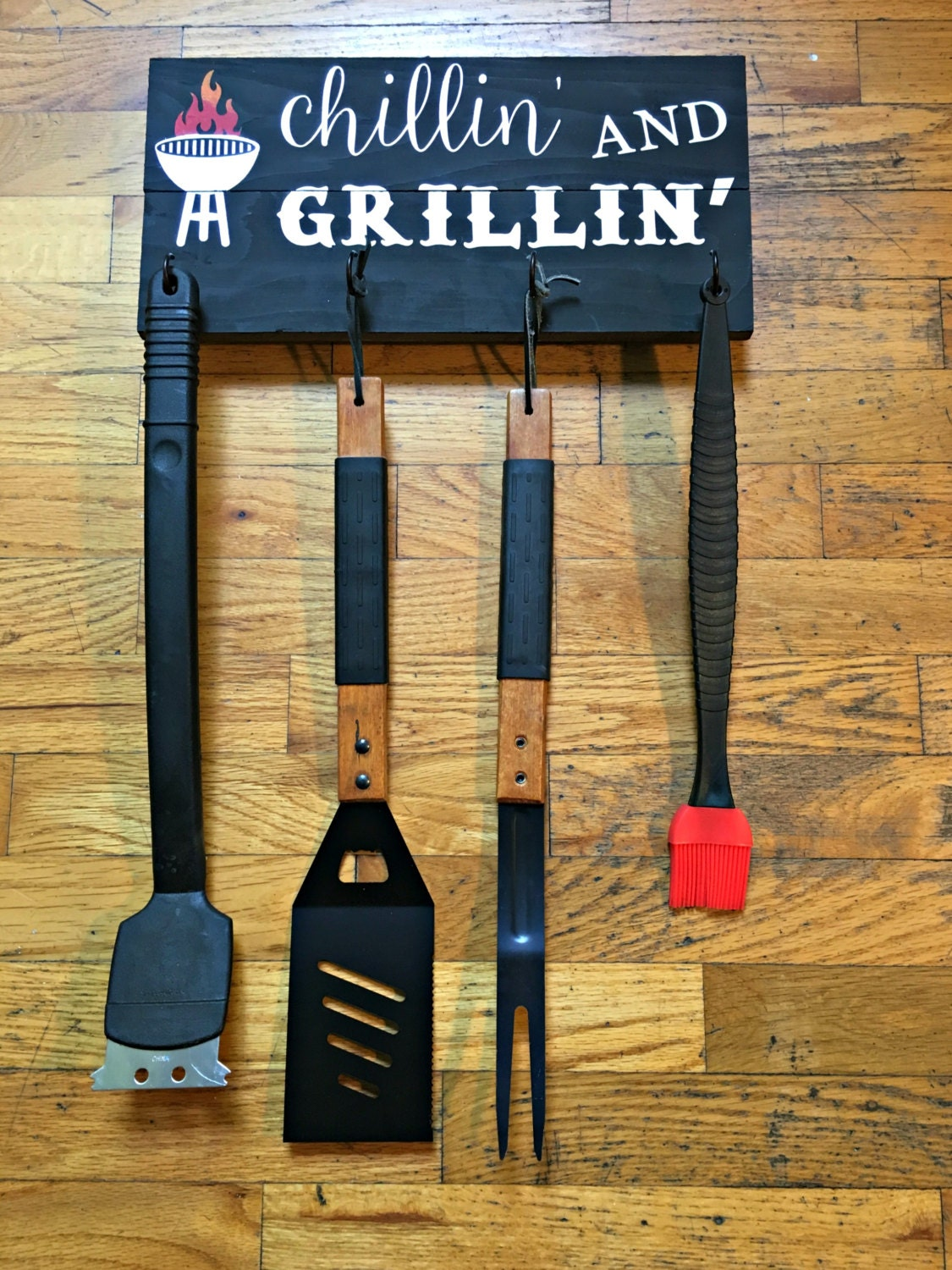 Chillin' And Grillin' Wood Sign BBQ Utensil Holder
