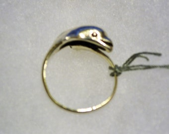 R012 Solid Sterling Silver 3D Dolphin Motif Bypass Ring - Size 5.5