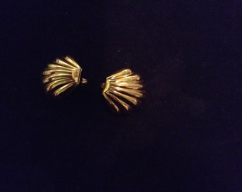 Monet Shell Shaped Clip Earrings