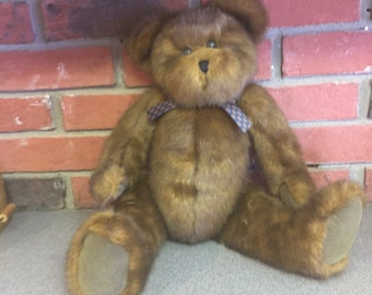 Brown Bear ready for an outfit