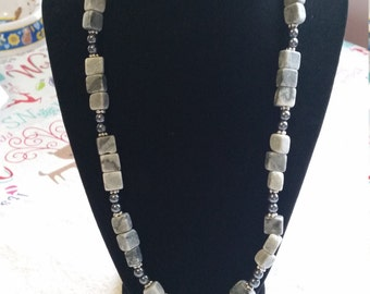 21 Inch Natural Grey Marble Necklace