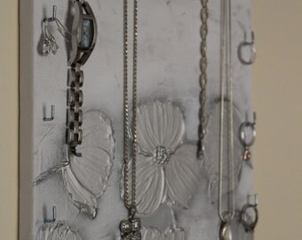 "Jewelry holder/Schmuckboard ""Silver Flowers"""