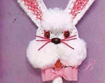 Macrame Bunny ... Easter Macrame Wall Hanging ... Home Decor ... Vintage PDF Pattern ... Decorative Macrame ... Digital Download Pattern