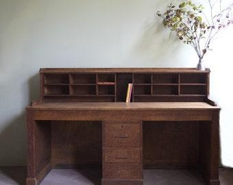 Office desk in oak