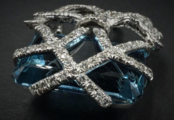Platinum 2ct Diamond 44ct Aquamarine Designer Brooch Pin Ribbon CO077