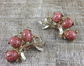Gorgeous Vintage Estate Gold Tone Ribbon Faux Goldstone Clip Earrings