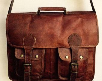 Leather Messenger Bag // Men's fashion // Laptop Bag