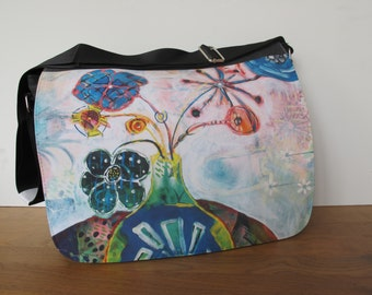 Modern, multifunctional laptop / shoulder bag with prints of own paintings - Hippie flowers