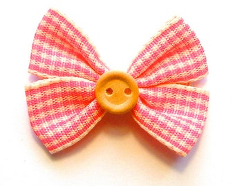 Barrette for baby with bowtie