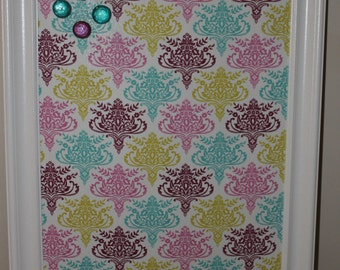Magnet Board: Framed Fabric Covered with 4 Handmad Magnets