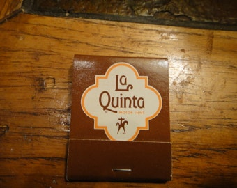 La Quinta Hotel Motel matches 1960 collectible
