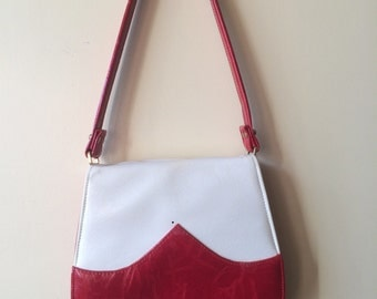 1970's red and white vinyl purse