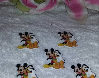 Set of 5 flat back resins mickey and Pluto design