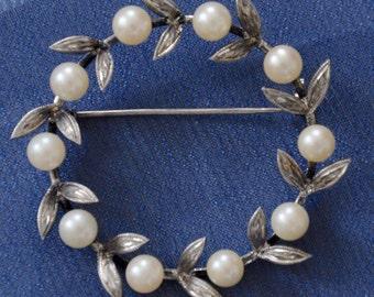 Antique Cultured Pearl Brooch ten 6mm cultured pearls sterling, Wreath Brooch