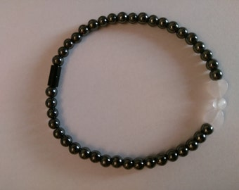 Magnetic Hematite Bracelet with Rose Quartx Bow