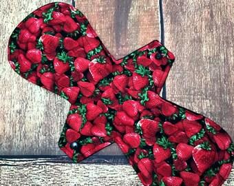 "14"" Cloth Pad Heavy Overnight Postpartum Waterproof Strawberry Fields"