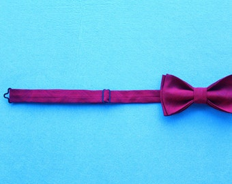 Bow tie red currant