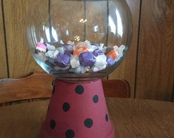 Bubble gum candy machine