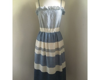 1970s Dress // Vintage Striped Dress