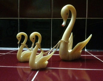 Plastic Swan Trio with Chains