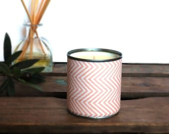 Recycled Tin made in a natural soy wax ROSA upcycling and vegan candle