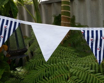 Pirate/Skull bunting. Blue, white and red.