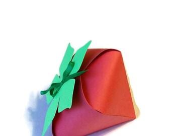 Strawberry Favor Boxes, SKU# BXGN0721, Party Favors, Favor Boxes