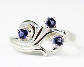 Swirly Iolite Ring Sterling Silver, Water Sapphire Ring, Three Stone Ring, Mother's Ring, 925 Iolite Ring, Sterling Silver Ring