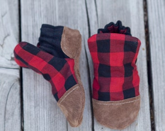 Red Plaid Print Baby Shoe, Soft Sole Baby Shoe, Baby Booties, Non Slip, Handmade, Genuine Suede, Plaid print,  Baby Moccasins
