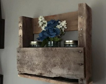 Pallet & Mason Jar Home Decor