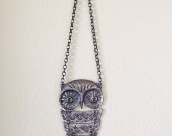 Vintage/Retro Large Owl Necklace Silver Toned Fashion Long Chain